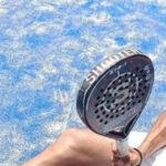 Jugar al pádel con calor es un desafío. Adáptate y disfrútalo